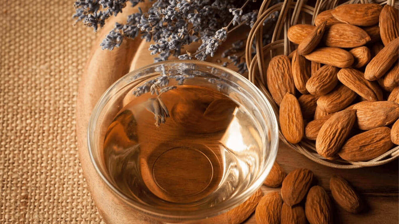 [Top 10] Benefits of Almond Oil for Skin & Hair
