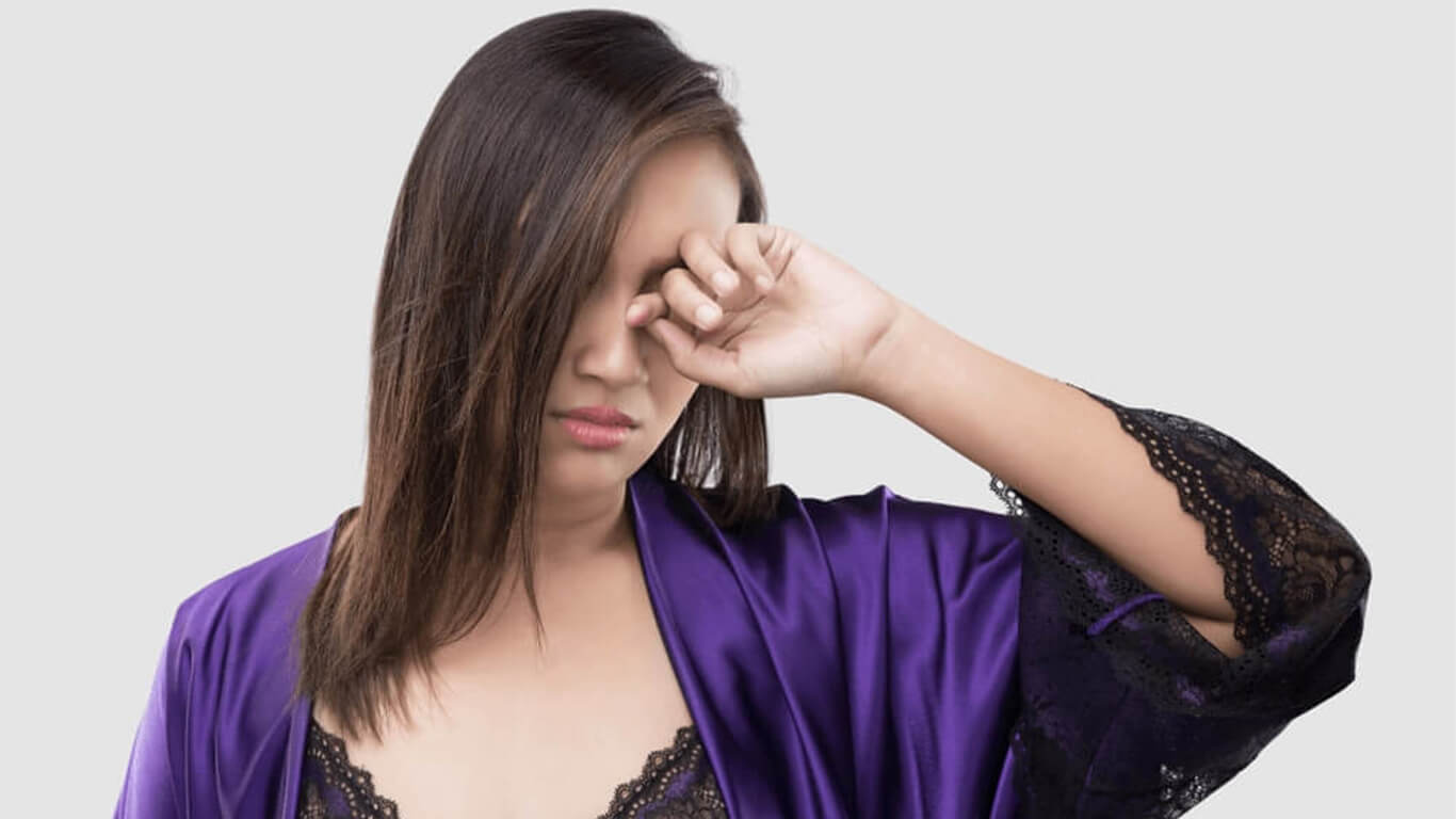 6 Best Remedies For People With Irritated & Itchy Eyes